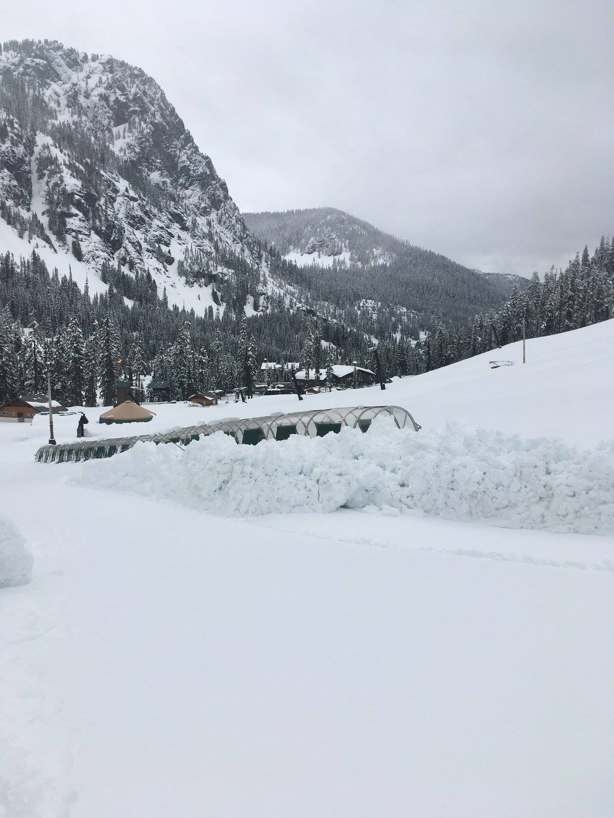 Alpental, WA Closed Yesterday Due to Huge Natural Inbound Avalanche