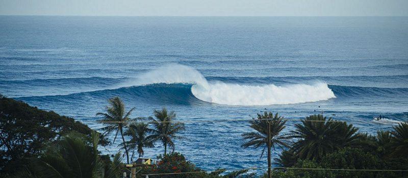 sunset beach, Hawaii, surfer, dies