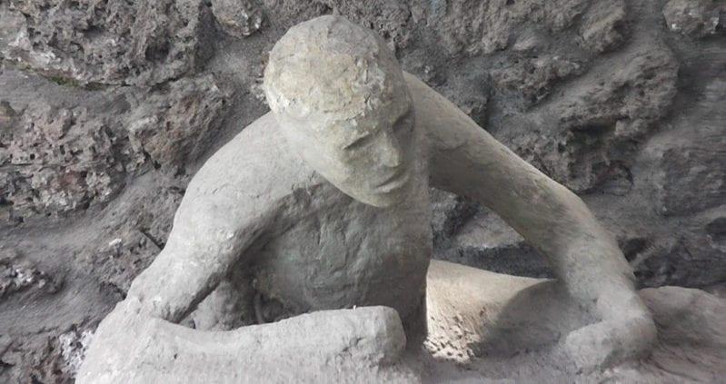 Archaeologists Uncover Unfortunate Pompeii Citizen ...