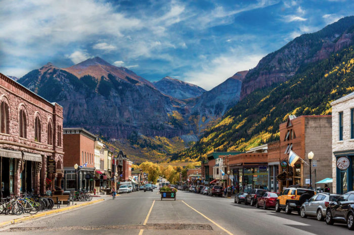 7 overlooked reasons to live in a mountain town snowbrains for Best mountain towns to live and work