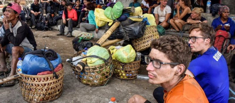 mount rinjani, volcano, rescue, indonesia