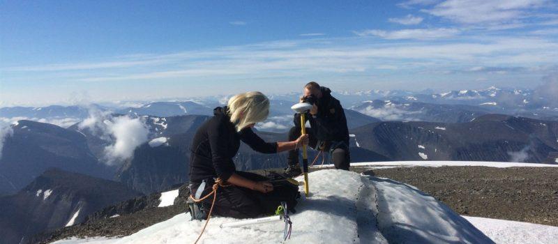 Tallest peak in Sweden shrinking
