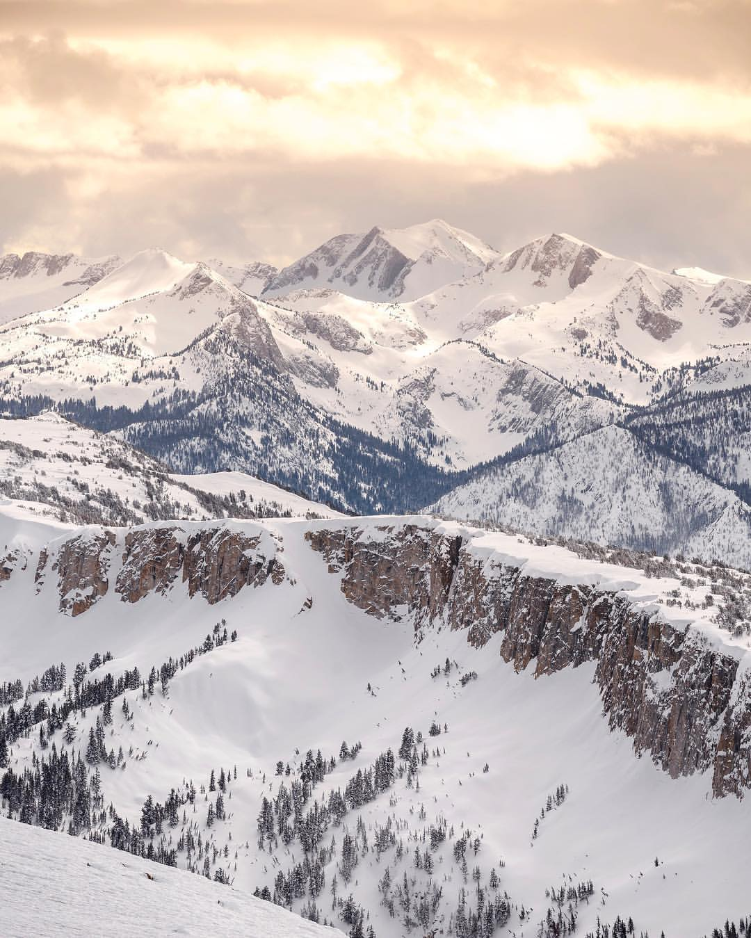 the top 11 biggest ski resorts in north america - snowbrains