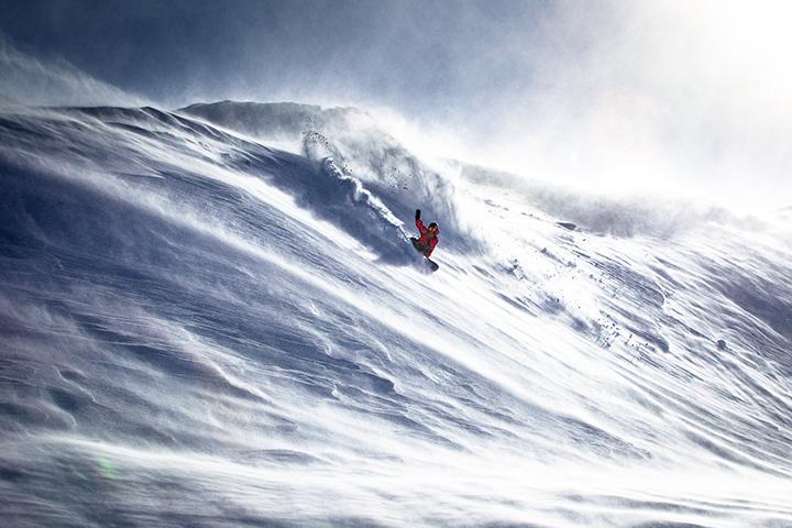 Snowboard, tax