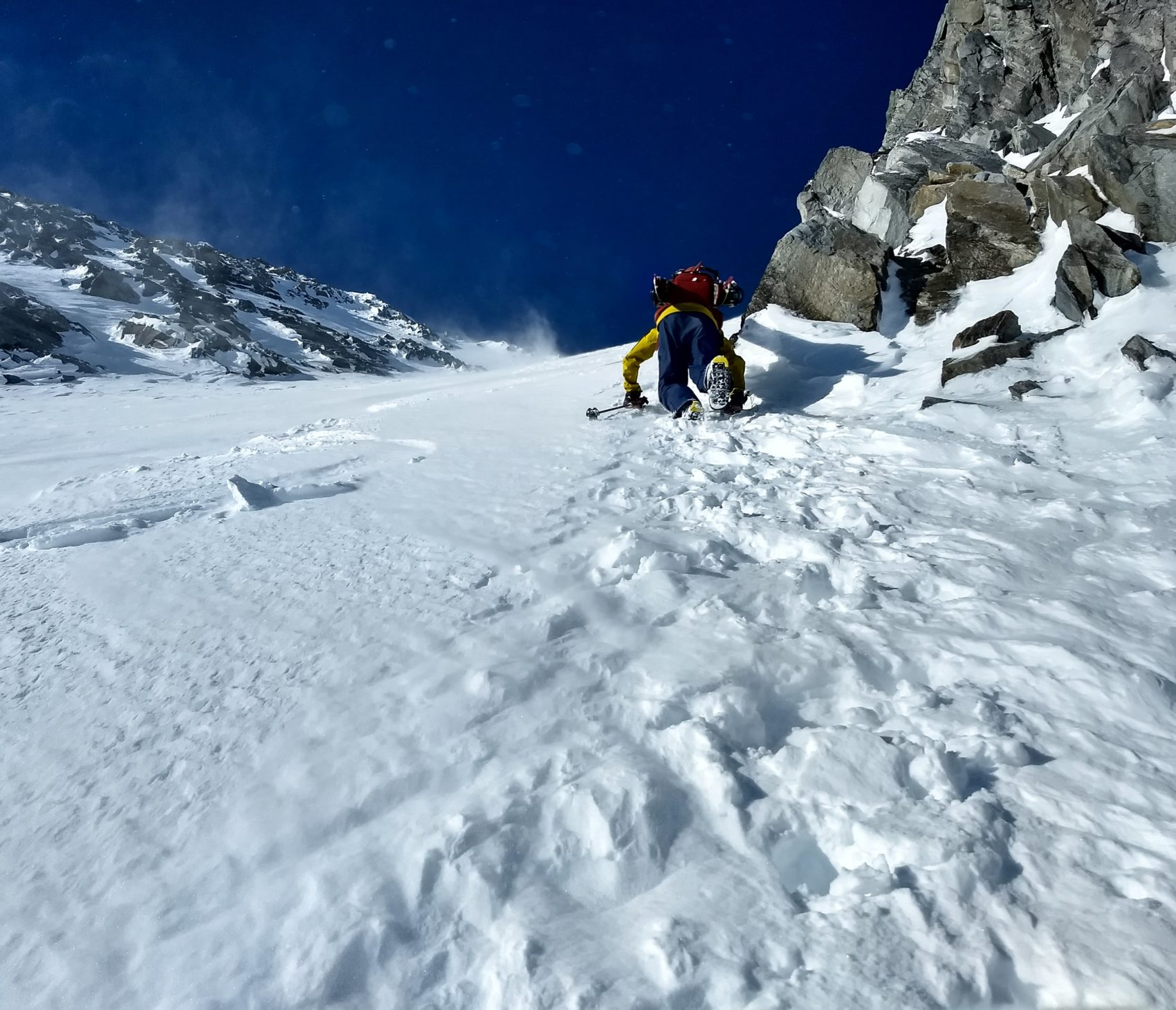 climbing up rogers col, high winds