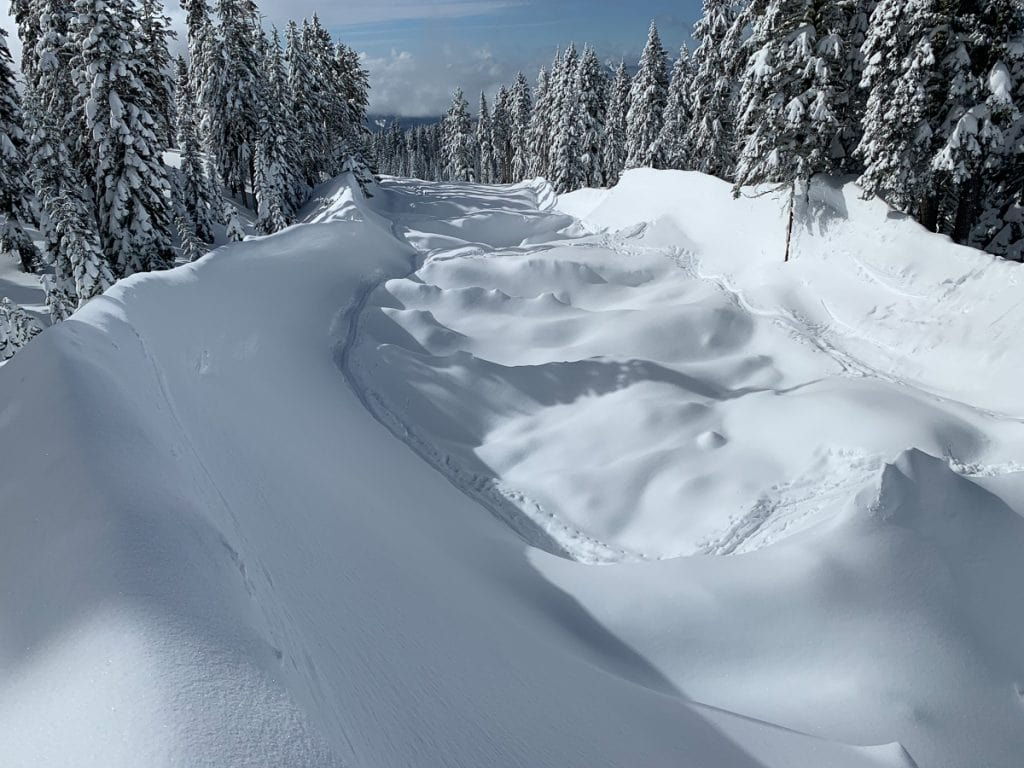 Mt Shasta Ca >> Huge Avalanche This Weekend On Mount Shasta Ca Described As