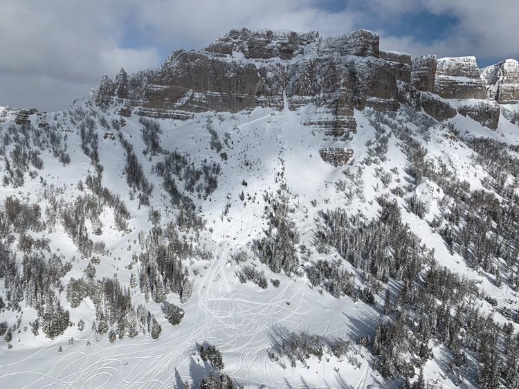togotee, avalanche, Wyoming, breccia cliffs