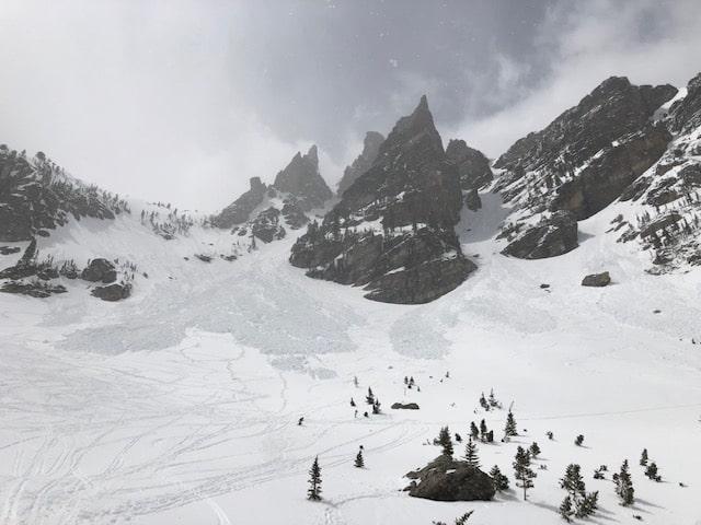 avalanche, colorado, Rocky Mountain national park, avalanches