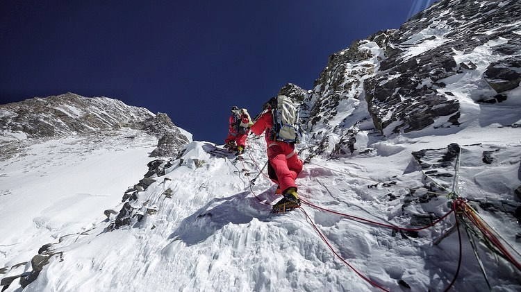 k2, summit, alpenglow expeditions, without supplemental oxygen