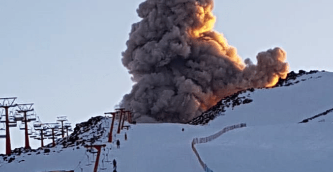 volcano, Chile, exploding,