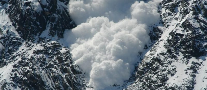 A huge avalanche in Chamonix.