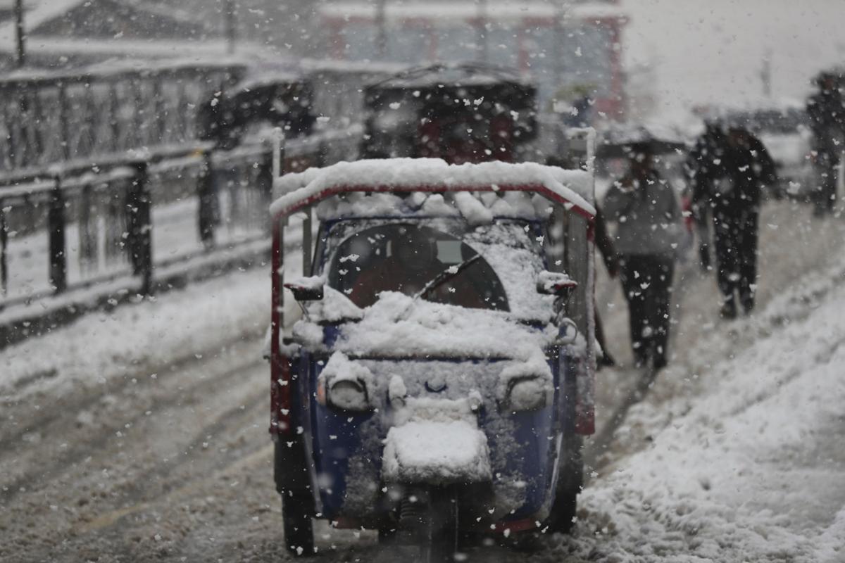 kashmir, Himalayas, heavy snowfall