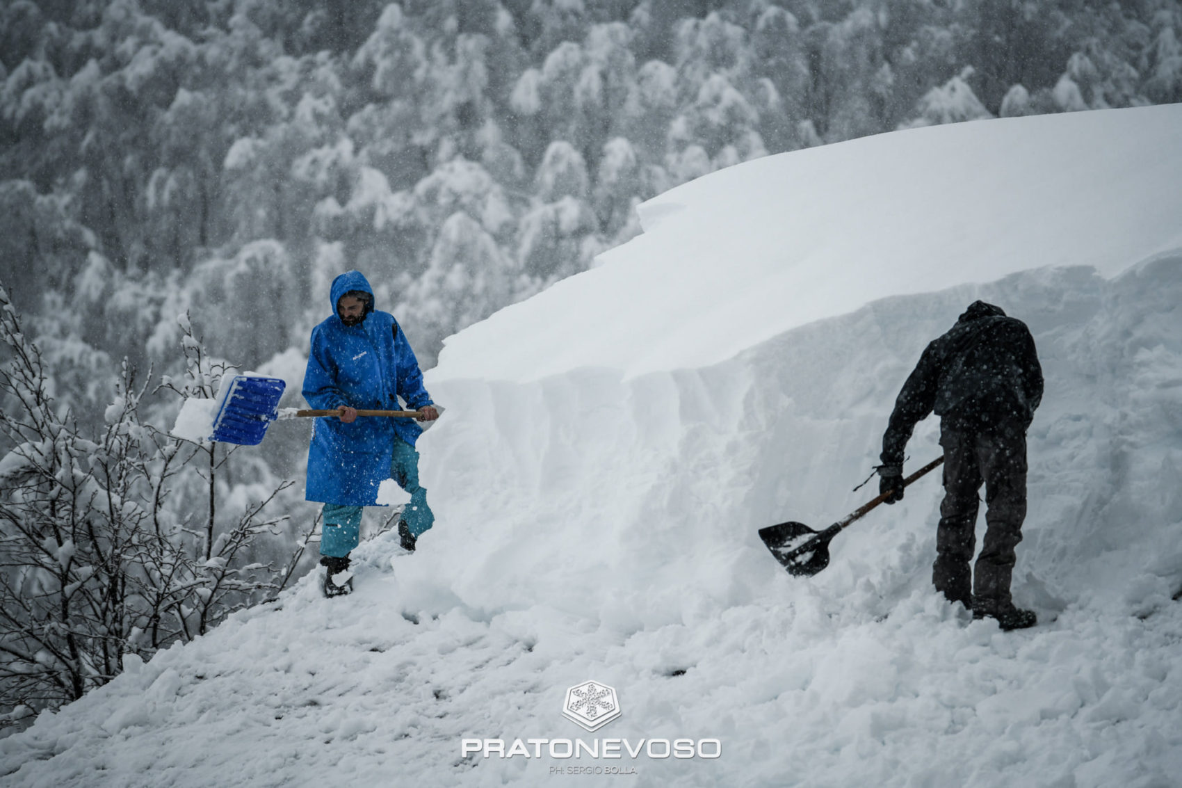 5 feet of new snow in the alps