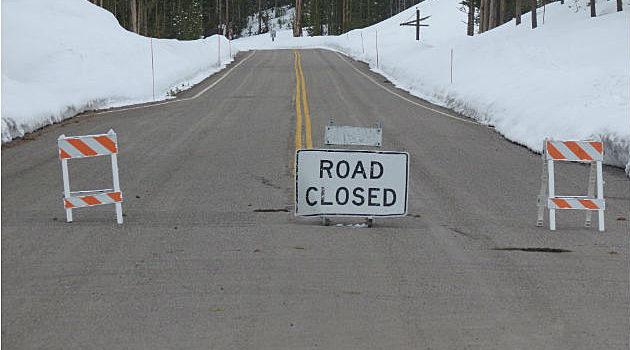 Yellowstone, roads closed