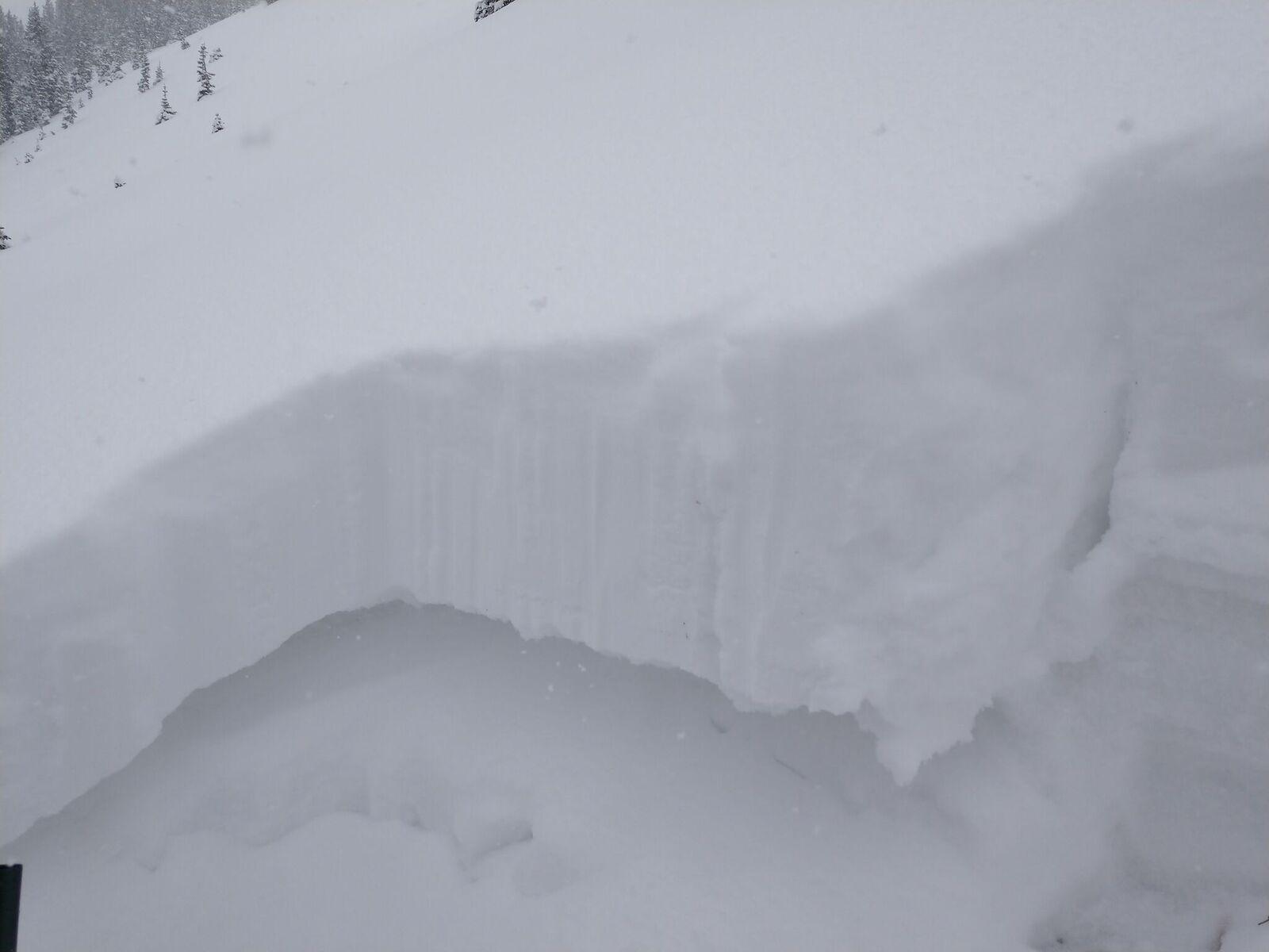 avalanche, colorado, jones pass