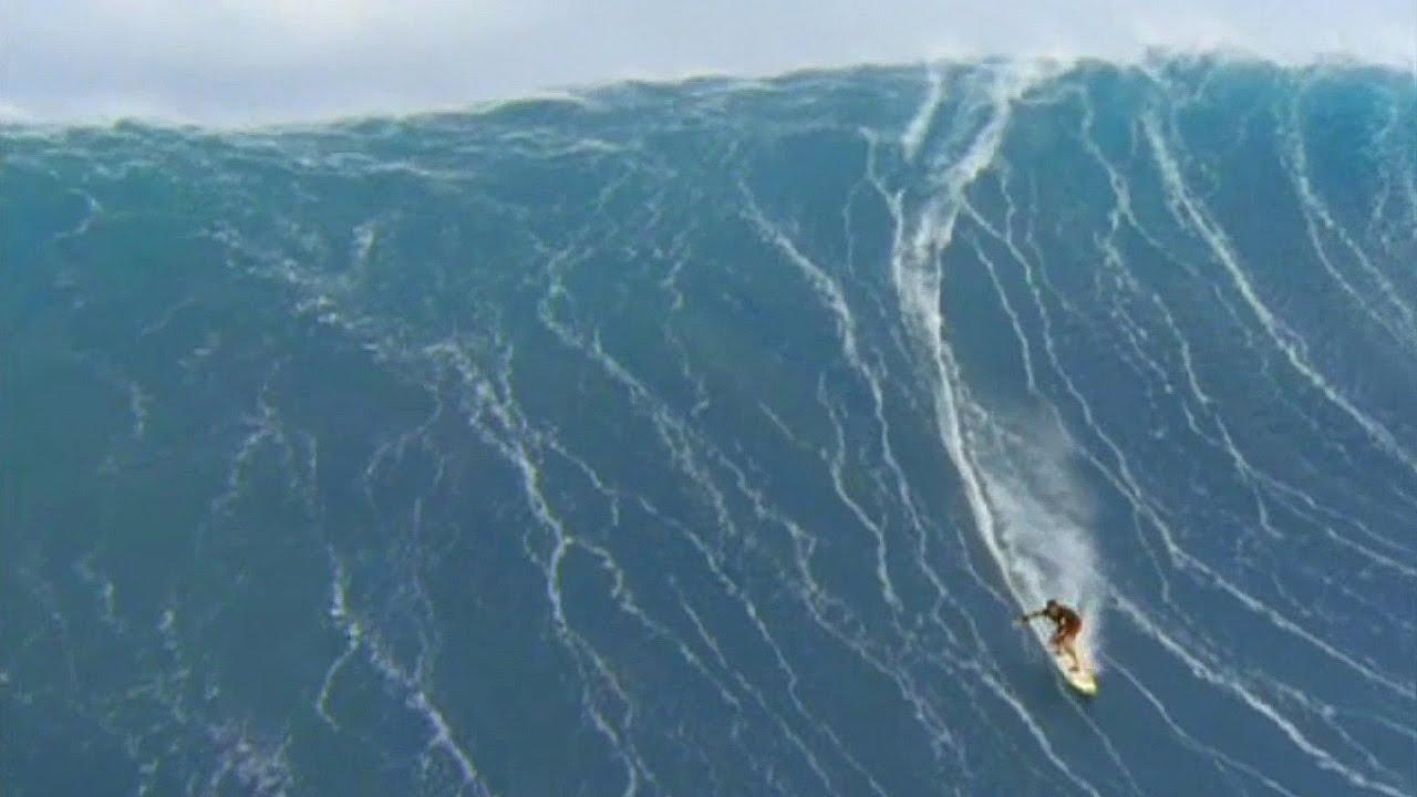 75 foot wave