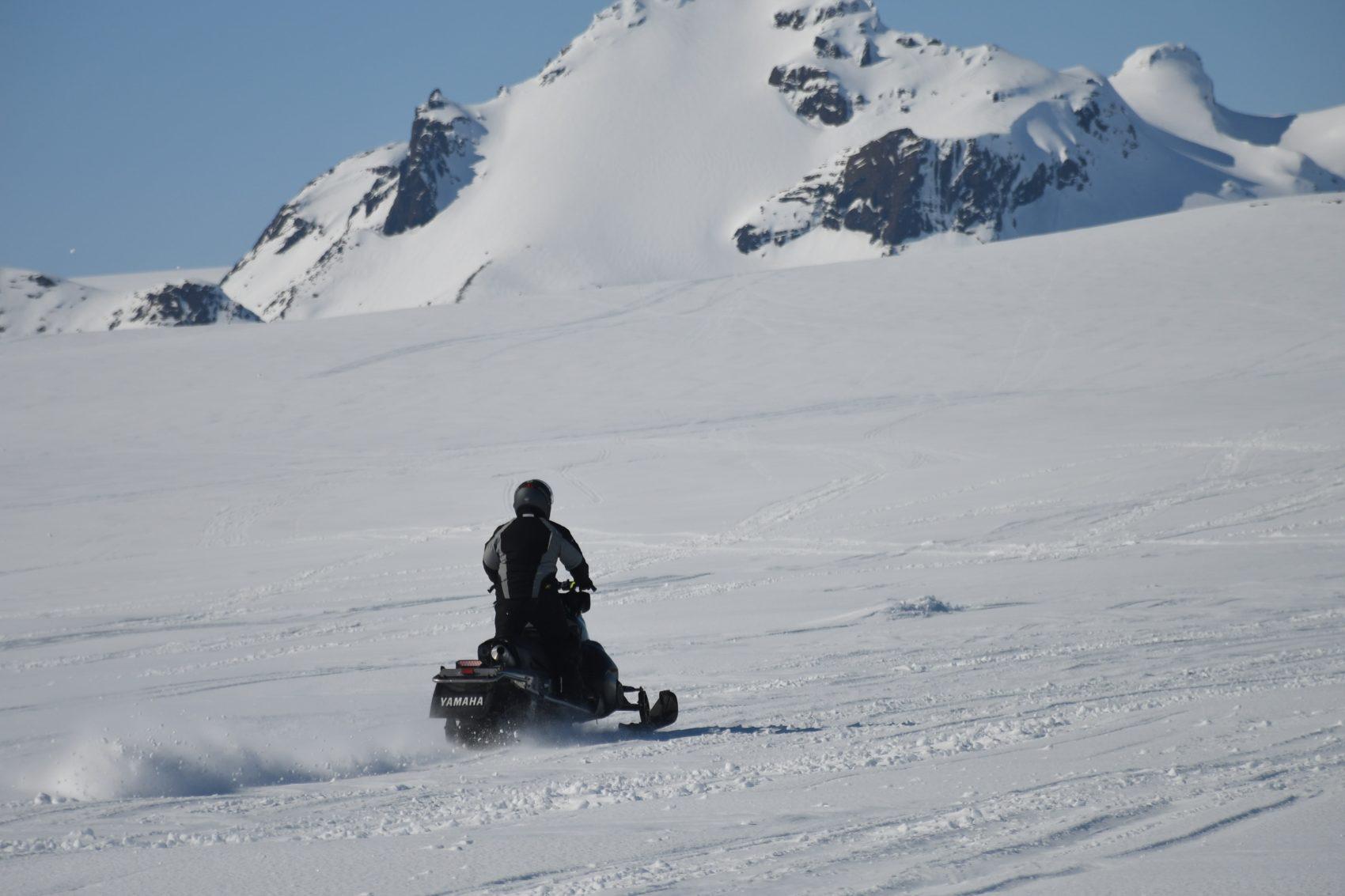 snowmobiler, avalanche