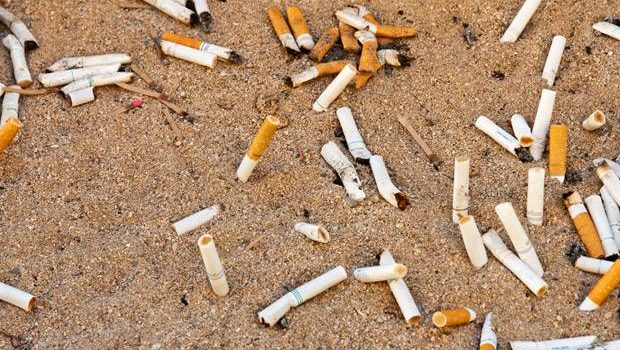 Banning tobacco products at California beaches