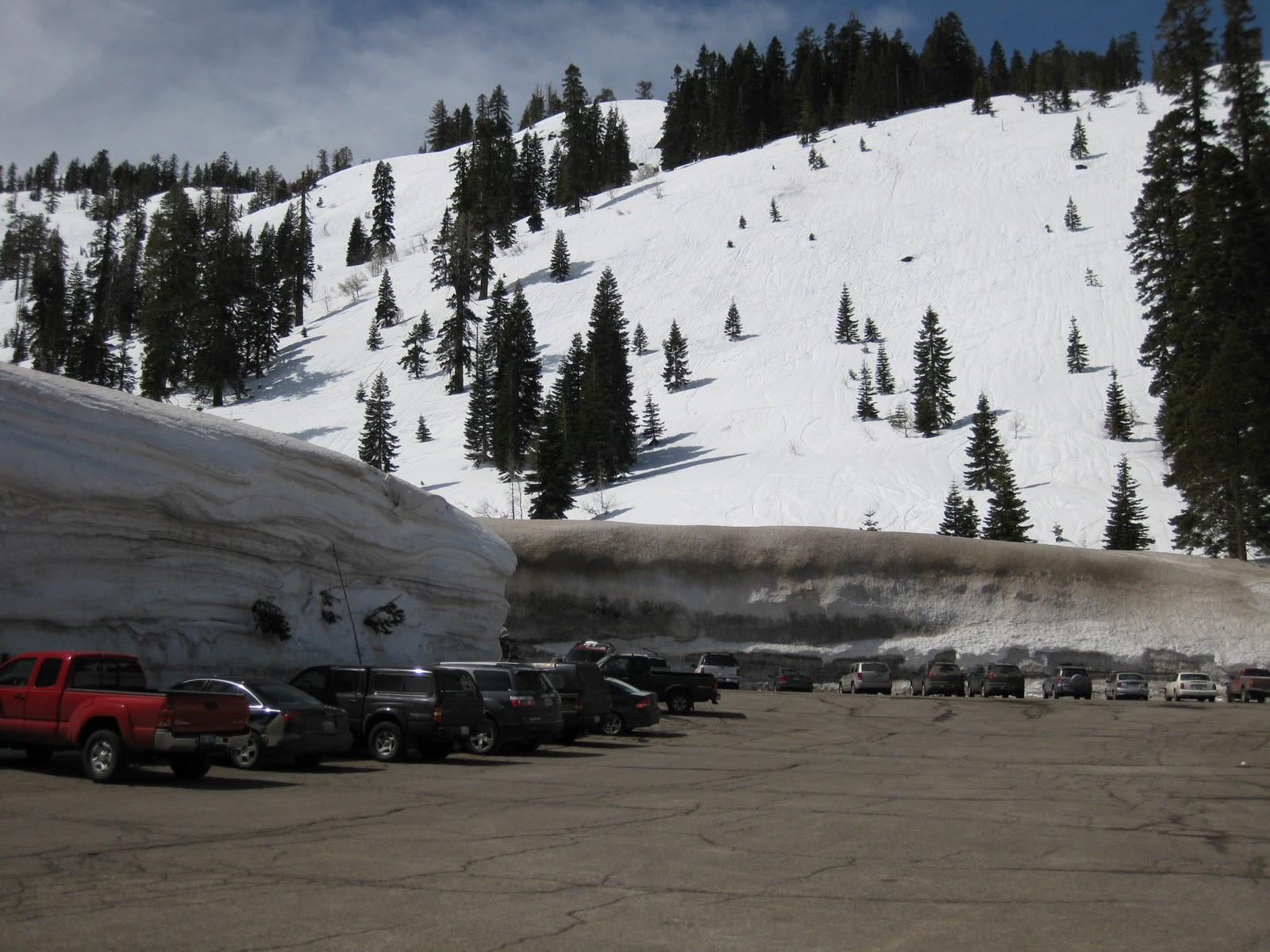 alpine meadows, california, parking lot