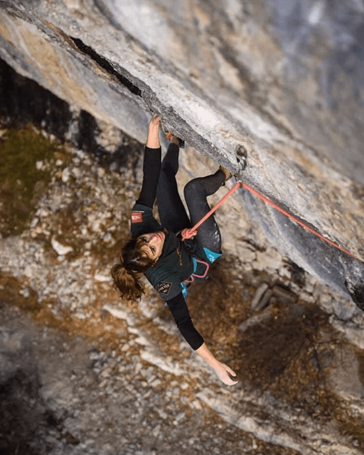 climber, killed, fall, luce douady, bouldering, France