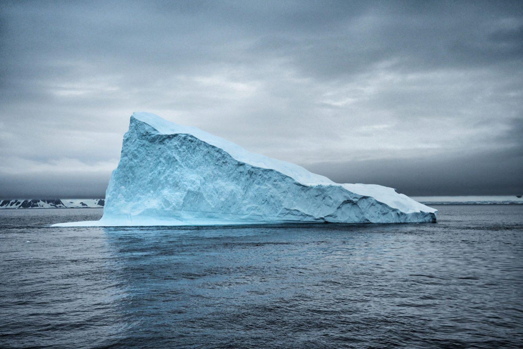 weird water floats when it freezes