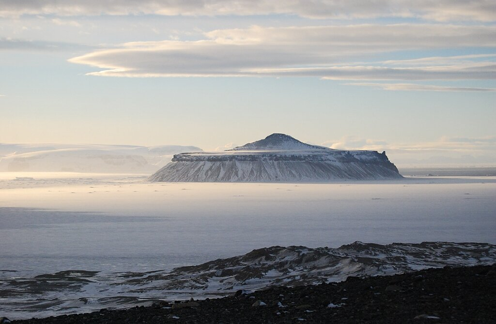 South Pole, Research