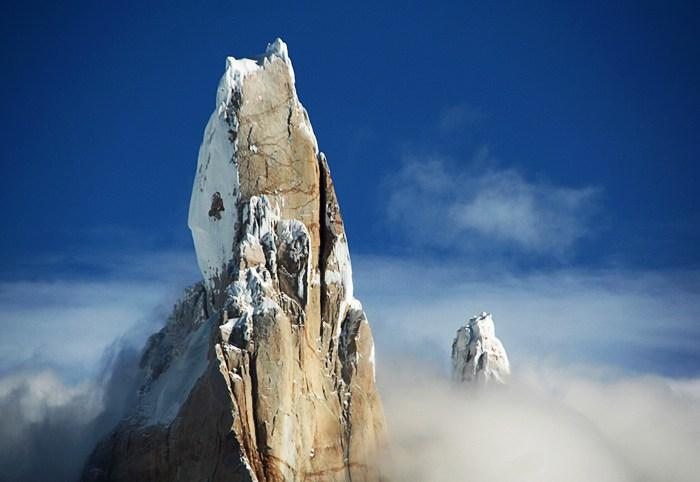 Cerro Torre, Clouds