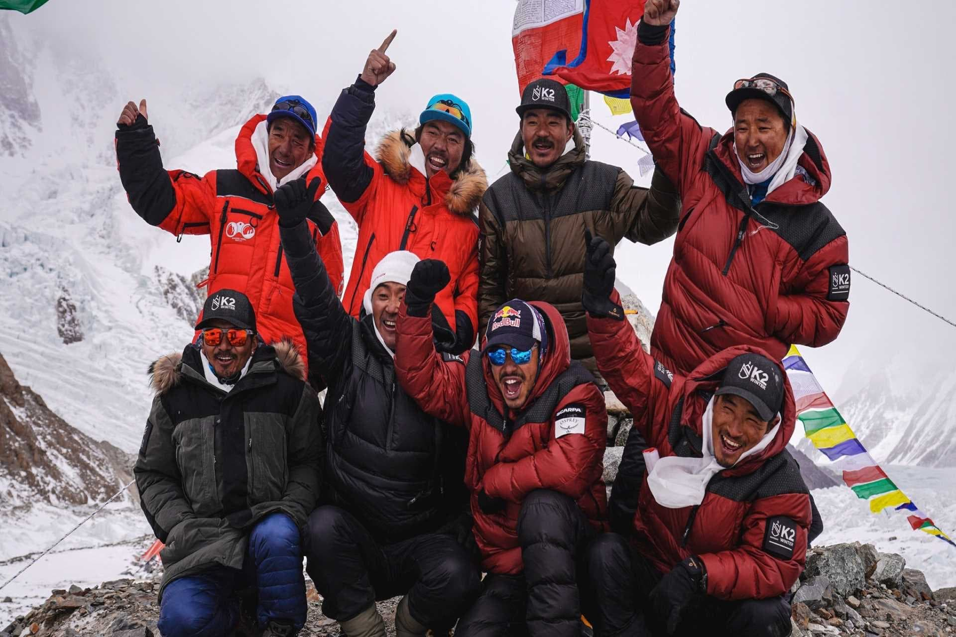 k2, winter ascent,