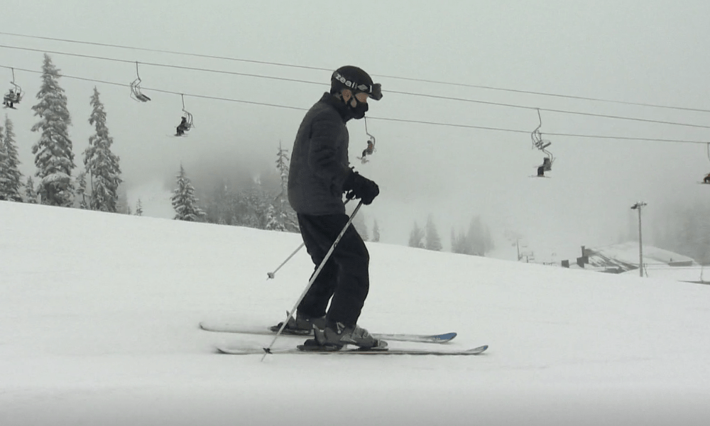 Picture of John Samuelson skiing