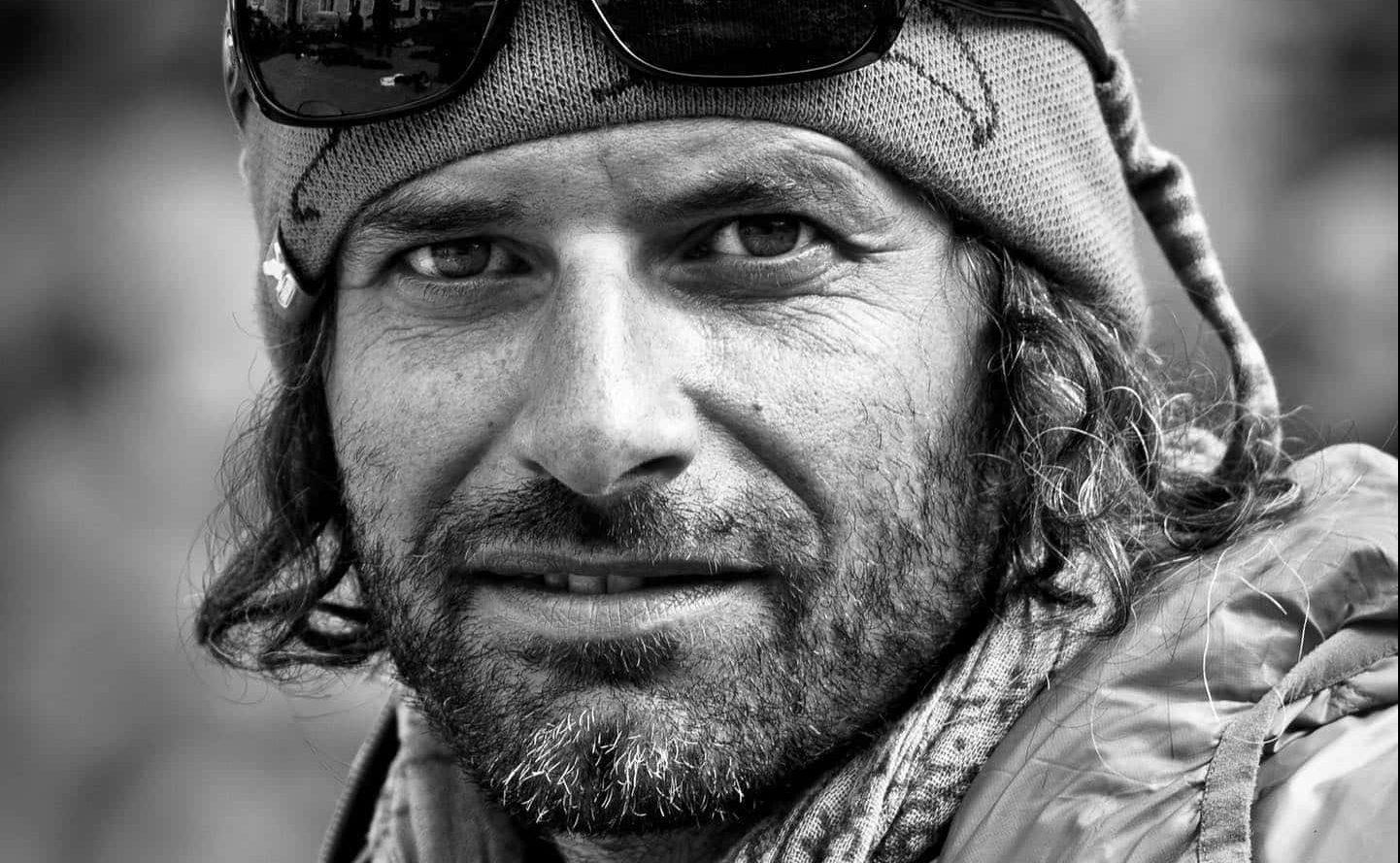 avalanche, killed, Luca Pandolfi, jones snowboards