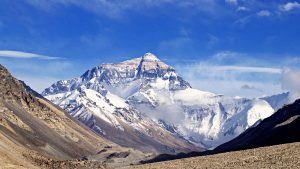 Photograph of Mount Everest. At 29,032 feet in elevation, HAPE is a pressing concern.