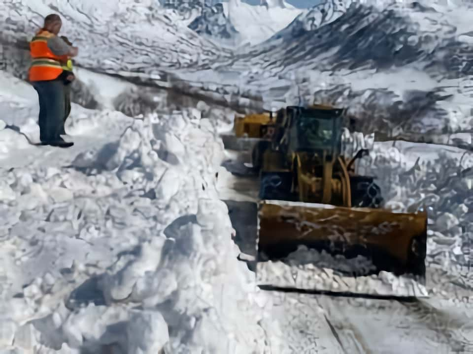Hatcher Pass, reopens, avalanche,