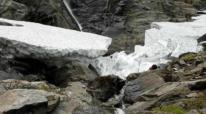 snow arch, Tuckerman ravine trail, New Hampshire