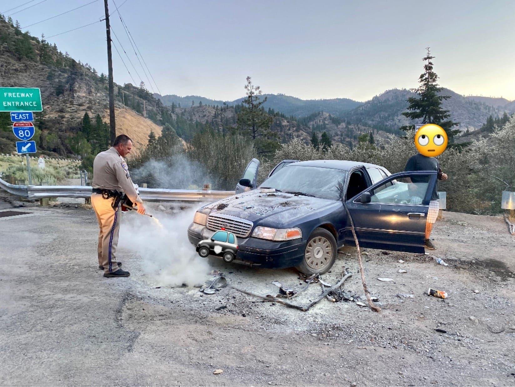 car, fire, bears, California, Truckee,
