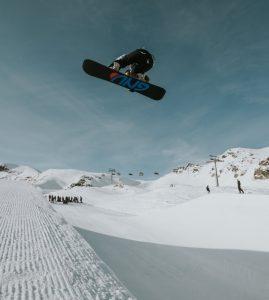 arielle gold snowboarding
