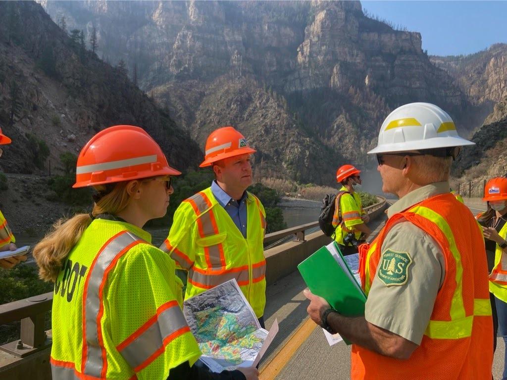 Colorado, I-70 debris,