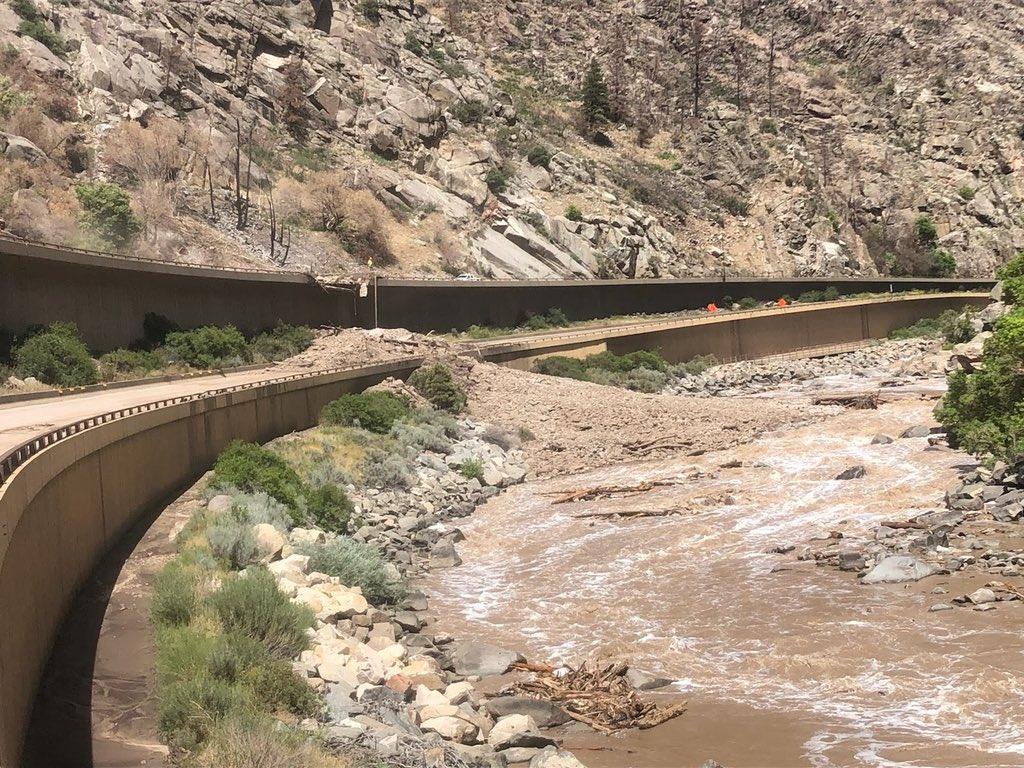 Mudslide river 70
